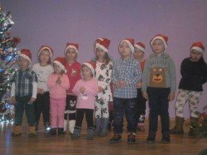 Mikuláš-program detí z MŠ/Mikulás-az óvodások fellépése