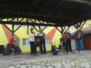 Folklórna skupina Prameň - A Prameň folklóregyüttes