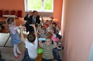 Sladké prekvapenie od pána starostu - Édes meglepetés a Polgármester úrtól