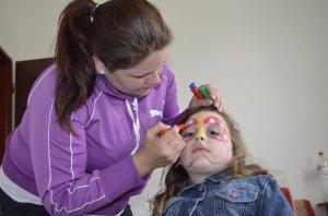 Maľovanie na tvár - Arcfestés